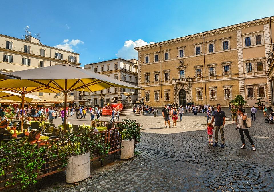 La Dolce Vita private tour of Rome